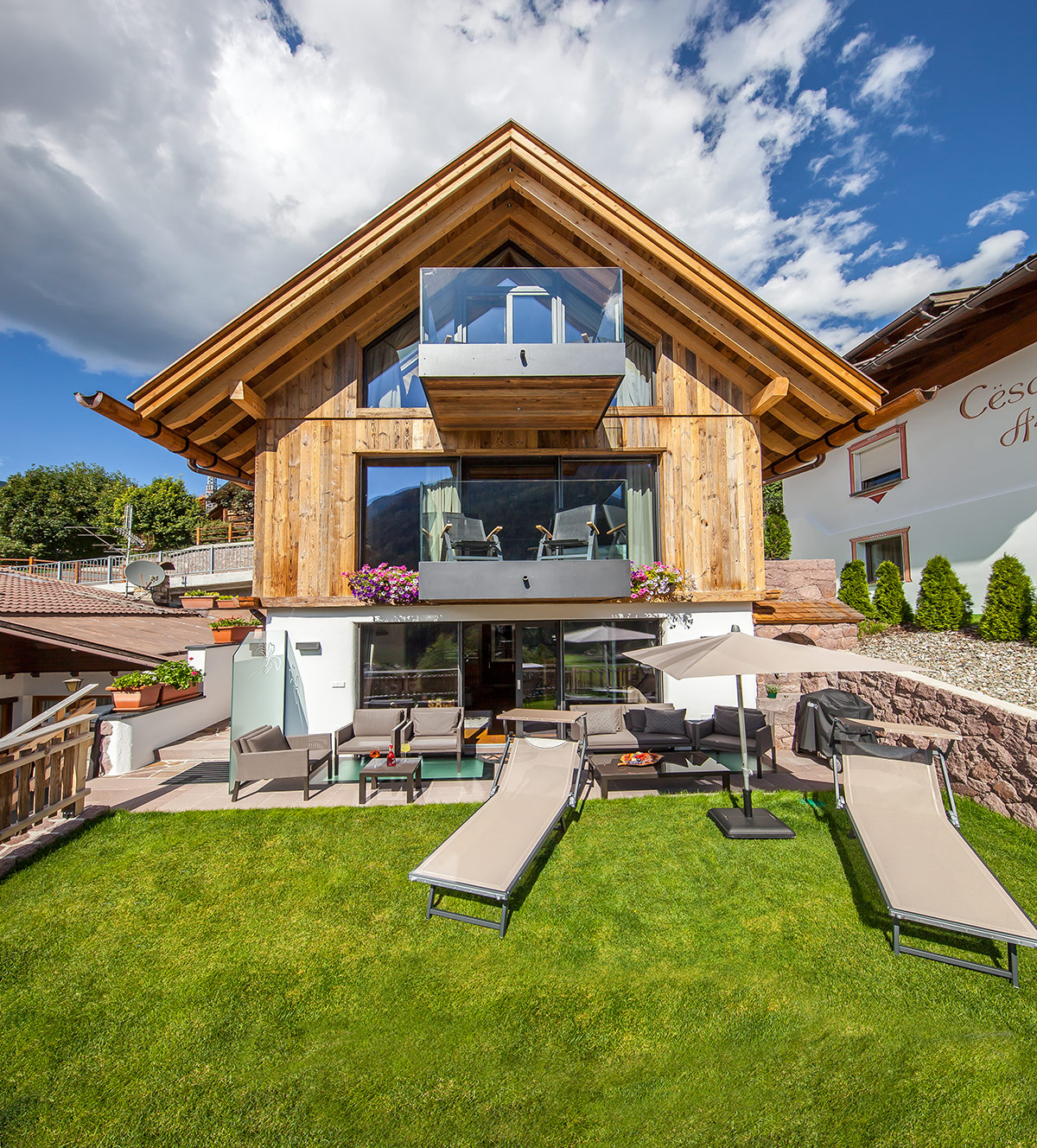 Mountain Chalet Ghilga  Luxury chalet in the heart of